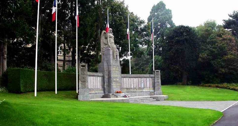 Monument aux morts1 St Brieuc