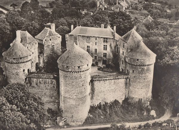 lassay-les-chateaux