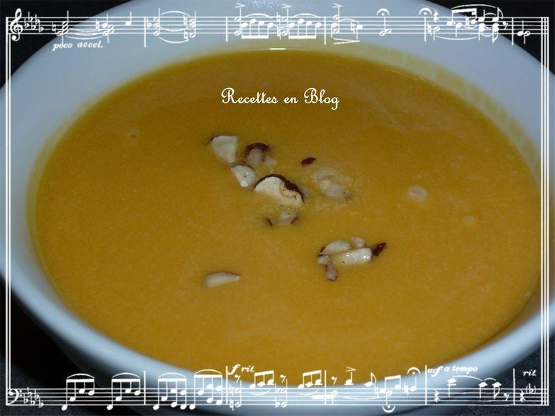 Soupe de potiron aux noisettes recettes en blog - Soupe potiron cocotte minute ...