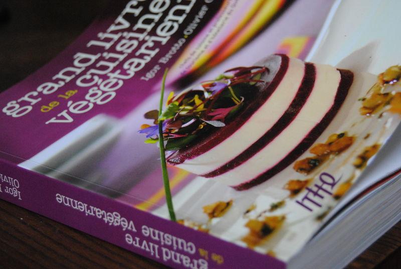 Le grand livre de la cuisine v g tarienne brut l 39 art de for Livre de cuisine vegetarienne