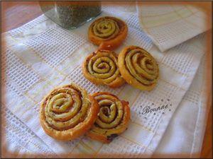 Mini-roulés au jambon cru et romarin (3)