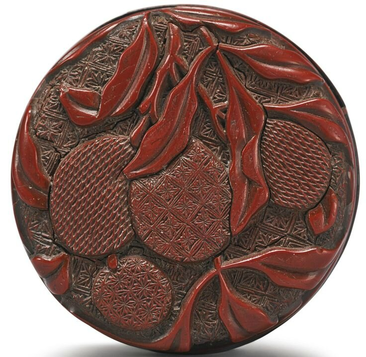 A carved cinnabar lacquer 'Lychee' seal paste box and cover, Ming dynasty, 16th century