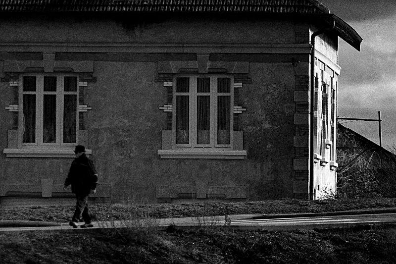 Maison noir et blanc fryderyk - Maison noir et blanc ...