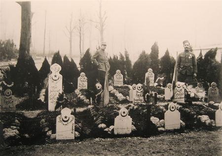 plusieurs_tombes_musulmanes