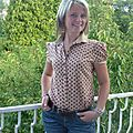 Chemise à pois marron