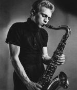 steve-mcqueen-playing-the-saxophone-1956