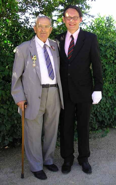 Mr André ALAZARD et le Président des CVR