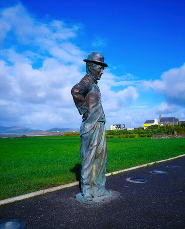 Statue_in_Waterville