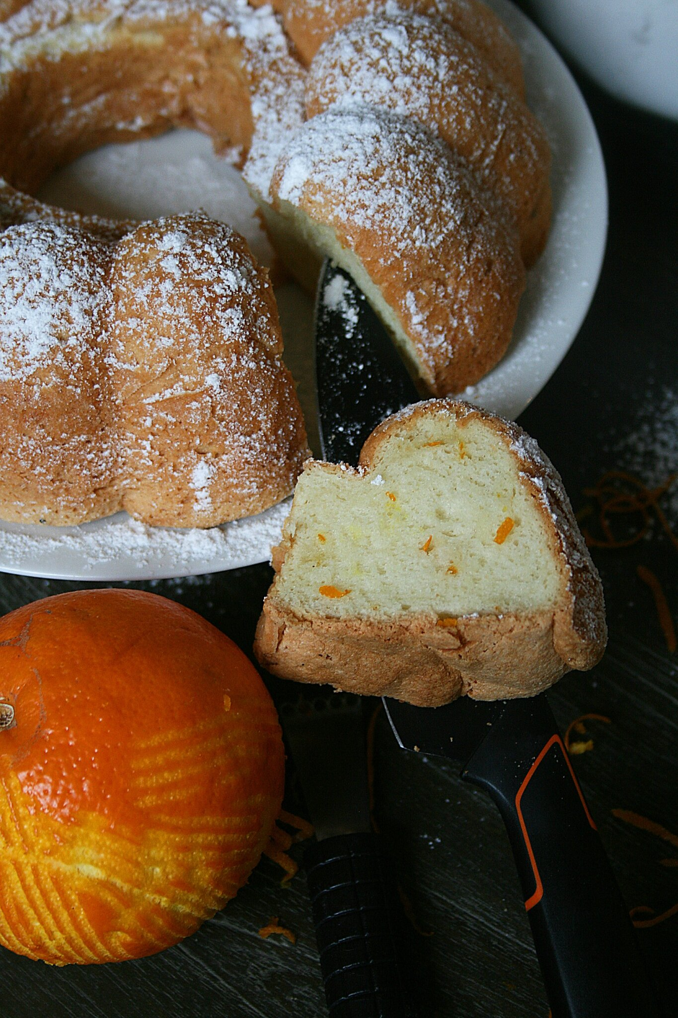 Angel cake ou chiffon cake à l'orange (gâteau des anges)