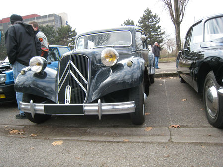 Citroen_traction_01