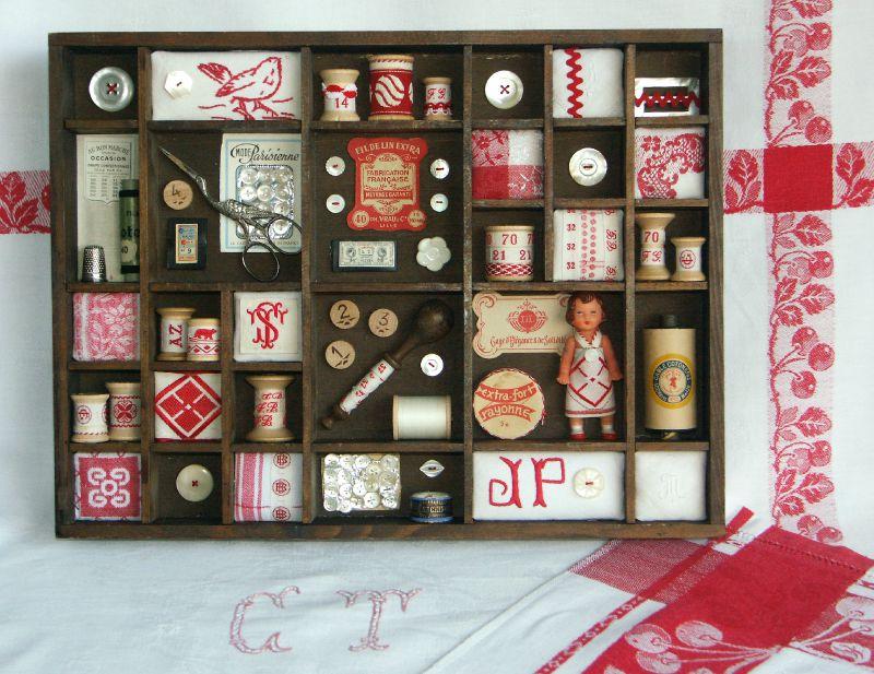2008-11 Etagère rouge 9