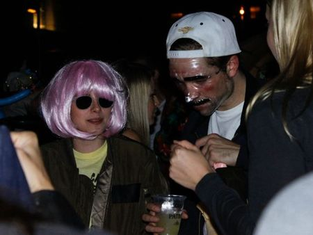 Robert-Pattinson-and-Kristen-Stewart-Halloween-6