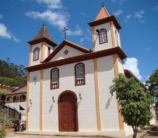 PEDRA DO ANTA (église)