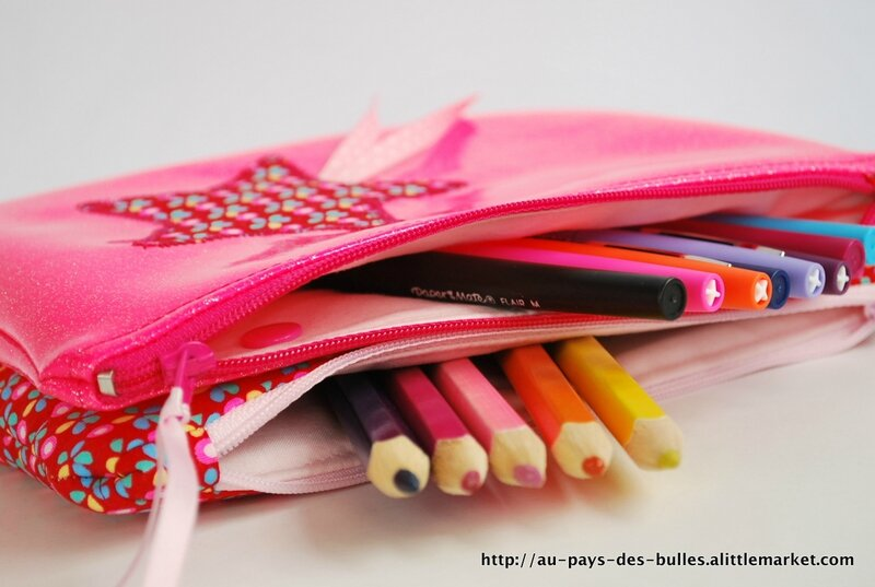 Double-trousse rose paillettes 14