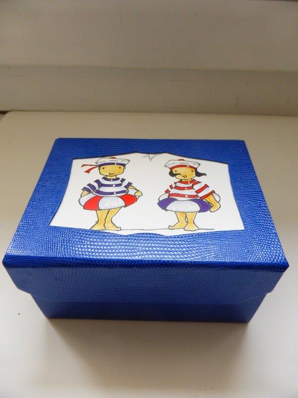 Bo te jeux de cartes loisirsfanfan for Boite a jeux