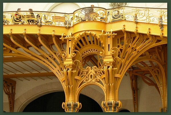 Grand Palais Paris nef balcon detail