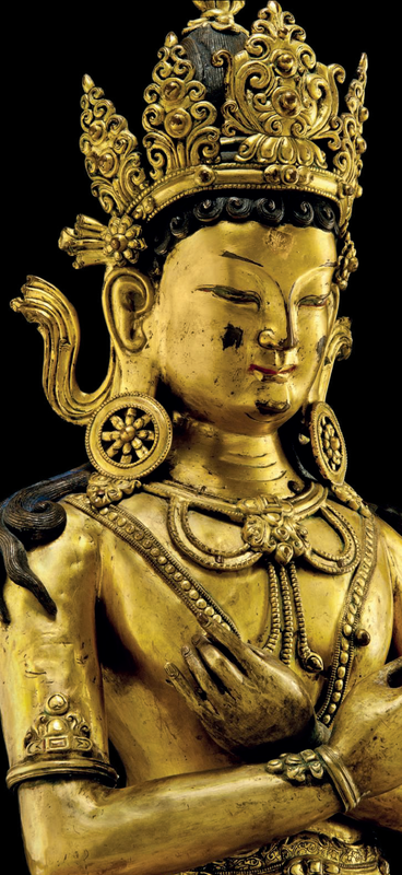 A large gilt-bronze figure of Vairocana, circa 17th century detail