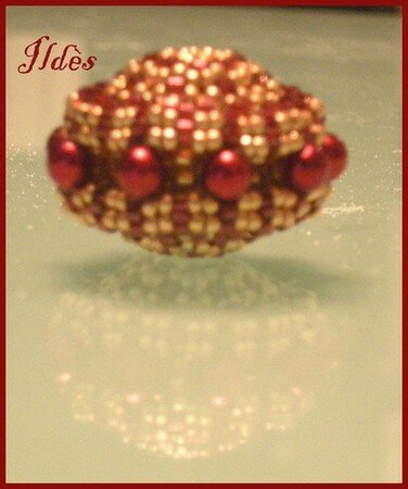 beaded_bead_carrousel_rouge_3