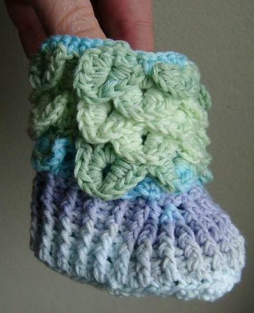 baby booties crochet bébé chaussures chaussons 019
