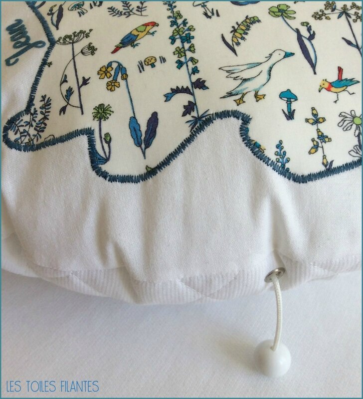 Coussin rond musical appliqué Lapin7