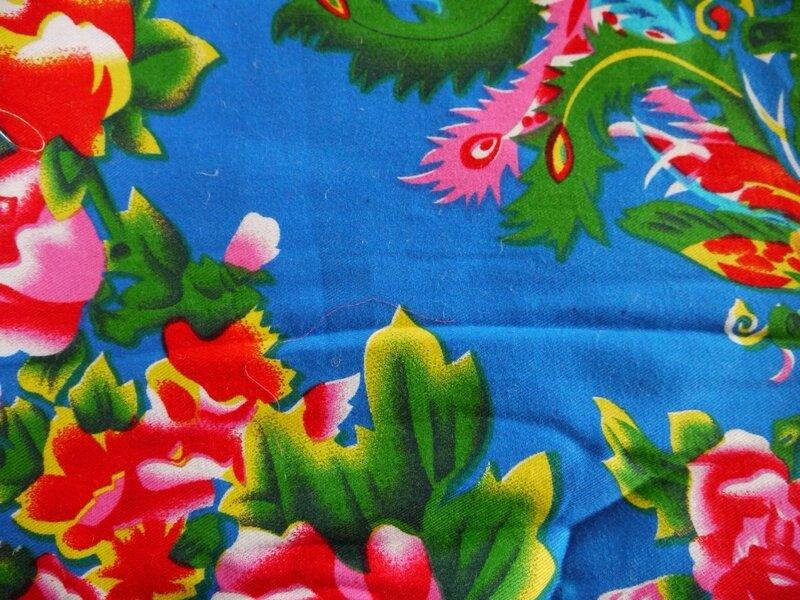 Tissu traditionnel chinois fond bleu