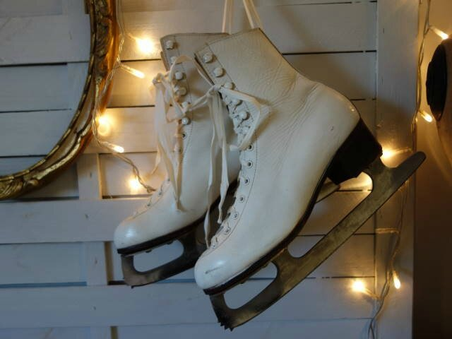 #patins a glace ancien (9)