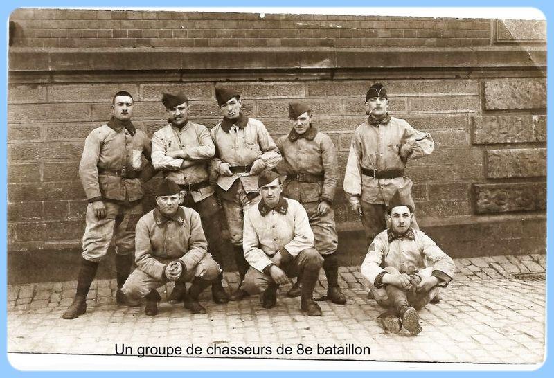 Un groupe de Chasseurs du 8e BCP
