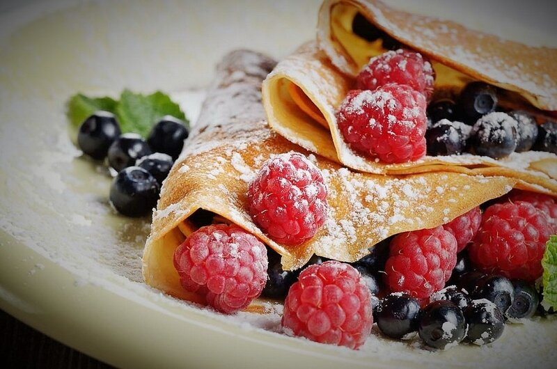 Finger_Millet_Crepes_Fruits_Strawberries_Raspberries_Recipe_shutterstock_231401329