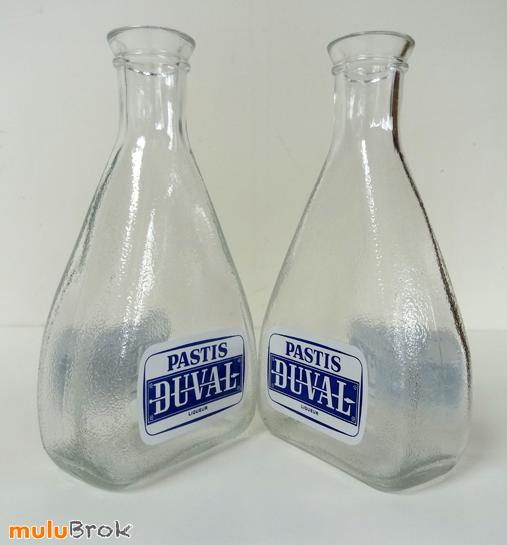 DUVAL-Carafe-Bleu-Blanc-02-muluBrok