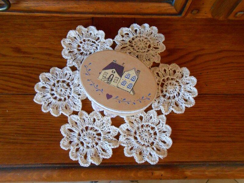 fleurs crochet napperon 2