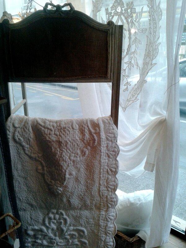 rideau ma part de rêve,bout de lit coquecigrues,porte serviettes coquecigrues,