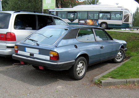 Lancia_beta_HPExecutive_2000_IE__Ostwald__02