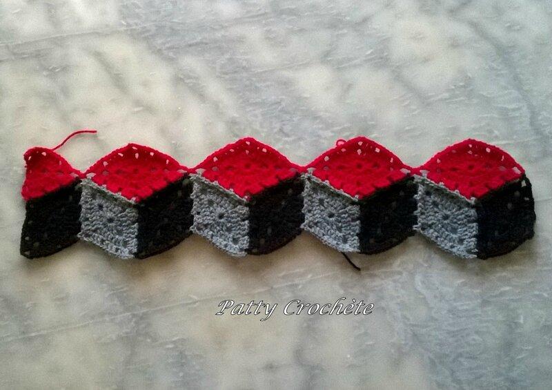 Plaid cubes Romain débuts (1)