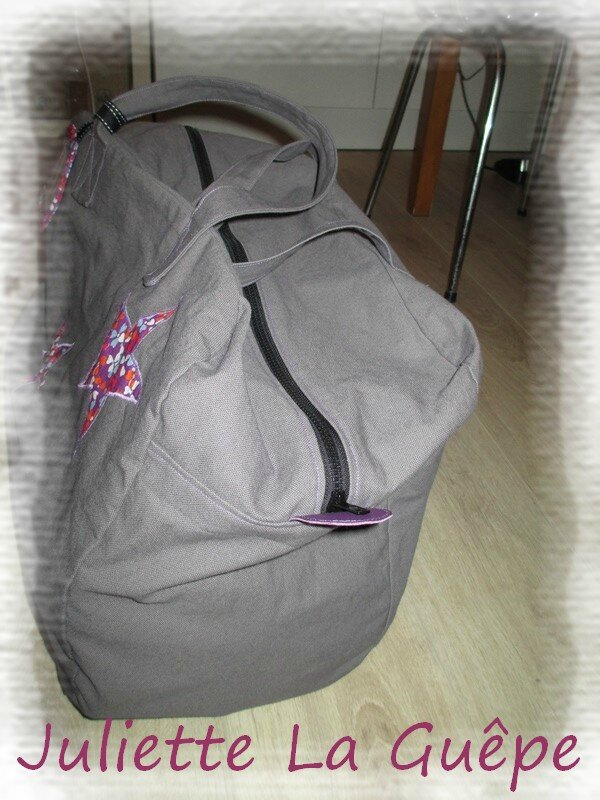 sac week end gris violet 4