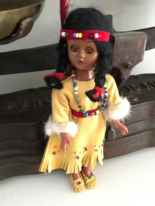 poupée ancienne indienne