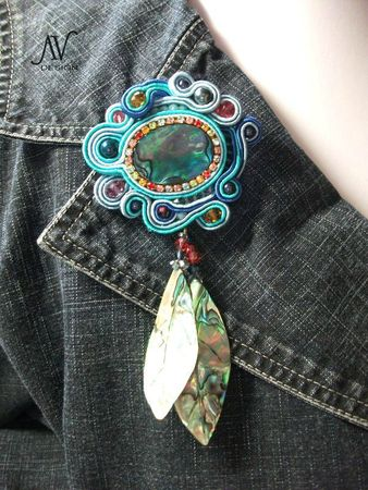 Summertime broche