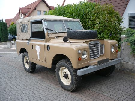 LAND_ROVER_Series_III_Lampertheim__1_
