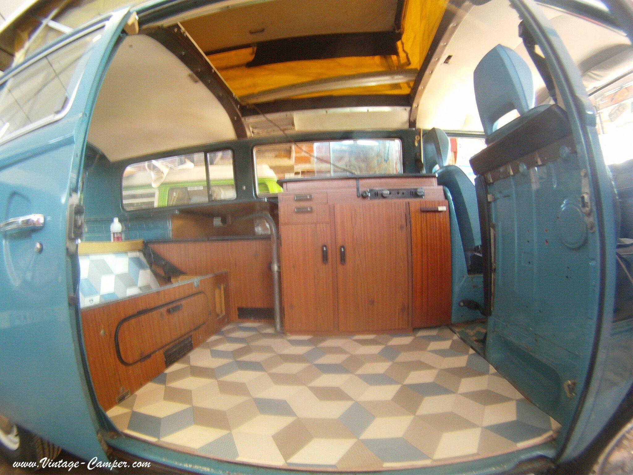 vintage camper. Black Bedroom Furniture Sets. Home Design Ideas
