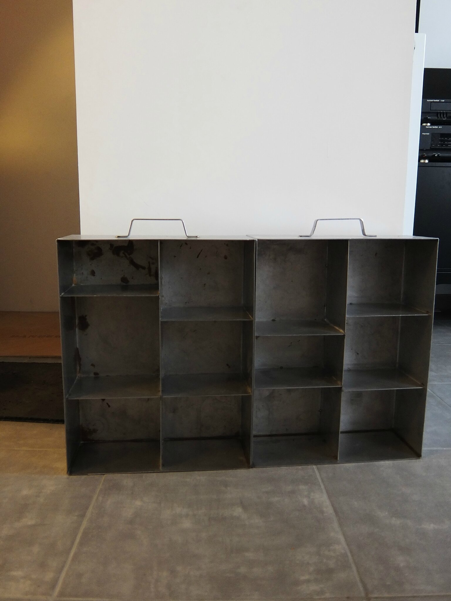 transformer des tiroirs inox en tag re indus diy relooking mobilier cr er ma d co. Black Bedroom Furniture Sets. Home Design Ideas
