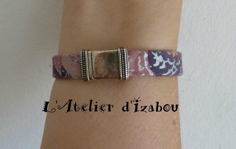 P1210084 Bracelet femme cur violet mauve argenté et passant plume, fermoir aimanté empire