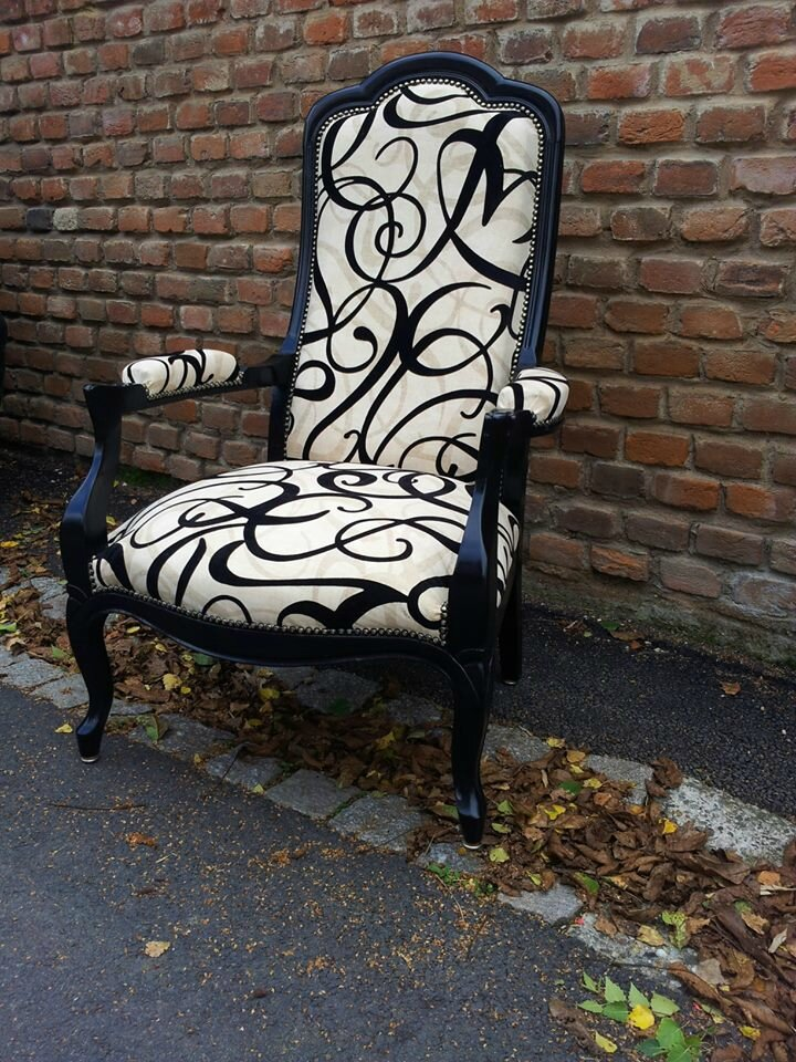 fauteuil voltaire tissu ref arabesque relooking de sieges. Black Bedroom Furniture Sets. Home Design Ideas