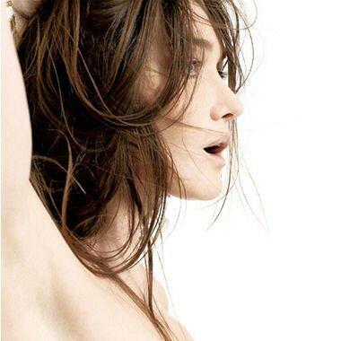 Carla Bruni Sexy 6