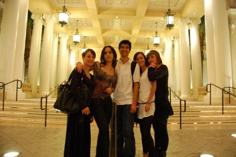 Las Vegas : Sophie, Elodie, Bruno, Coralie, Julie