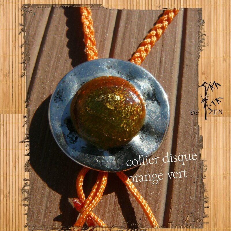 collier disque orange vert 2