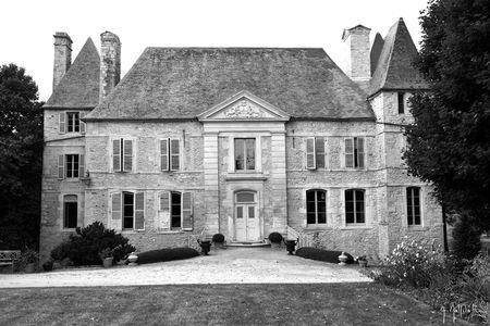 château-NBw