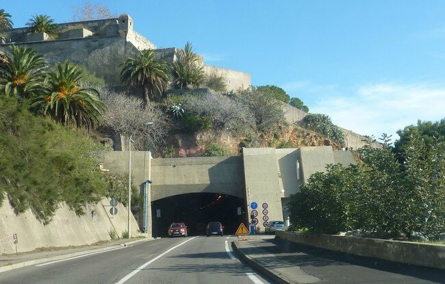 011 0330 - BLOG - Bastia - Tunnel Vieux Port - 1983 2013