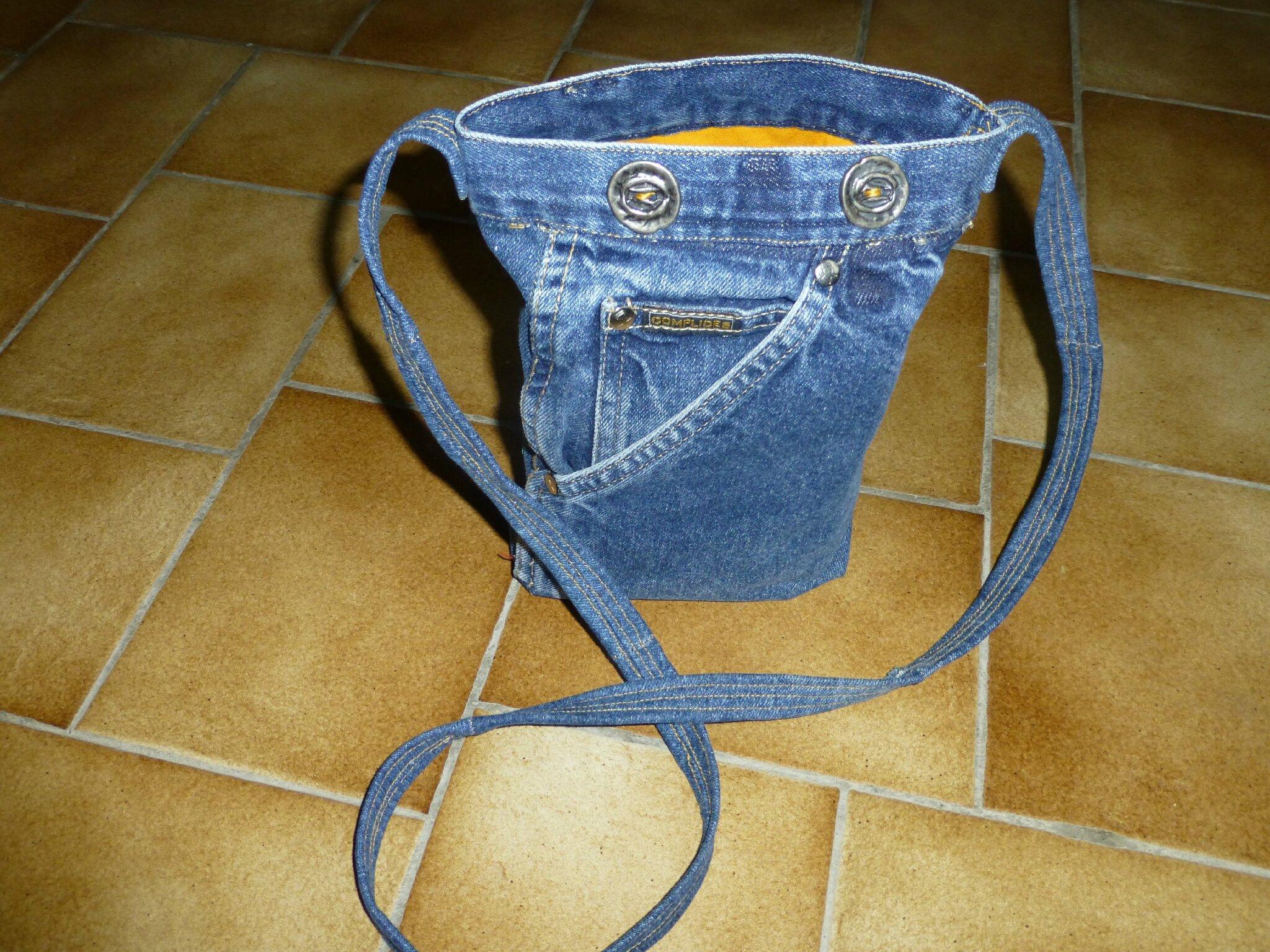 mes r alisations avec de vieux jeans atelier de chouet. Black Bedroom Furniture Sets. Home Design Ideas