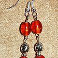 22 - perles oranges et tonneaux