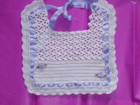 bavoir_au_crochet_004