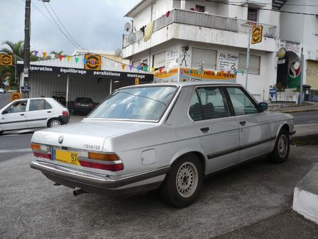 BMW 525i Le Tampon (2)